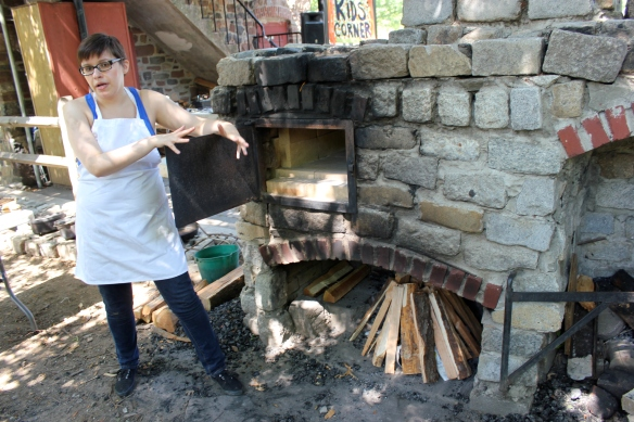 Sarah Lohman open hearth cooking class